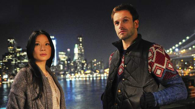 Lucy Liu and Jonny Lee Miller in 'Elementary'