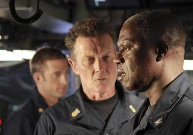 Scott Speedman, Robert Patrick, and Andre Braugher in 'Last Resort'